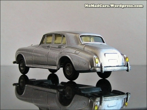 Rolls Royce Silver Cloud by Budgie Models (3)