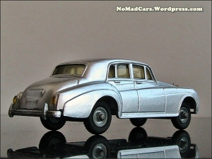 Rolls Royce Silver Cloud by Budgie Models (8)