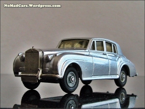 Rolls Royce Silver Cloud by Budgie Models (9)