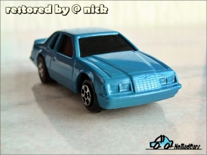 ERTL Ford Tbird 1983 pic05